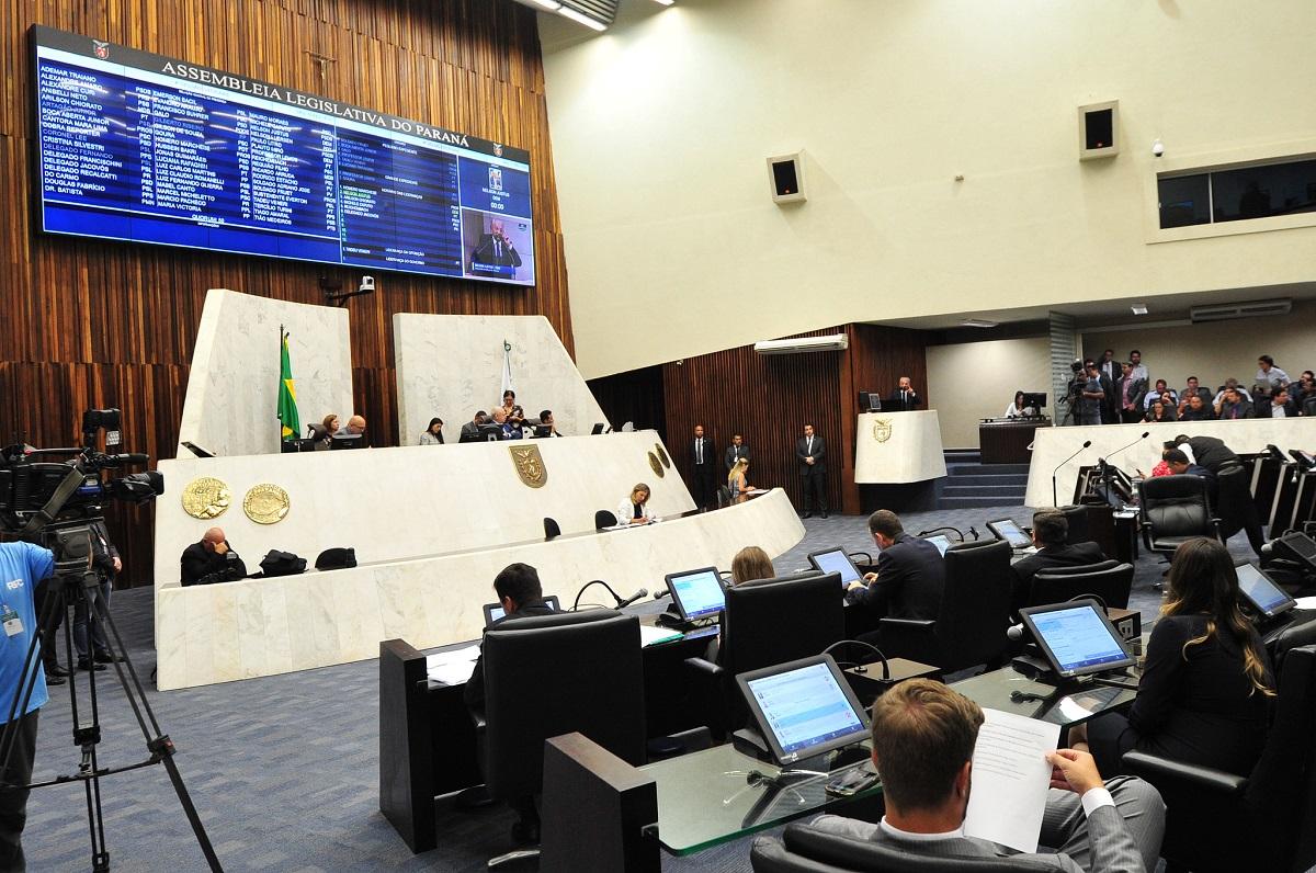 plenario assembleia