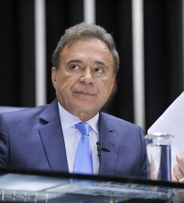 Alvaro Dias demonstra desconhecimento da Justiça Eleitoral, afirma o Iprade