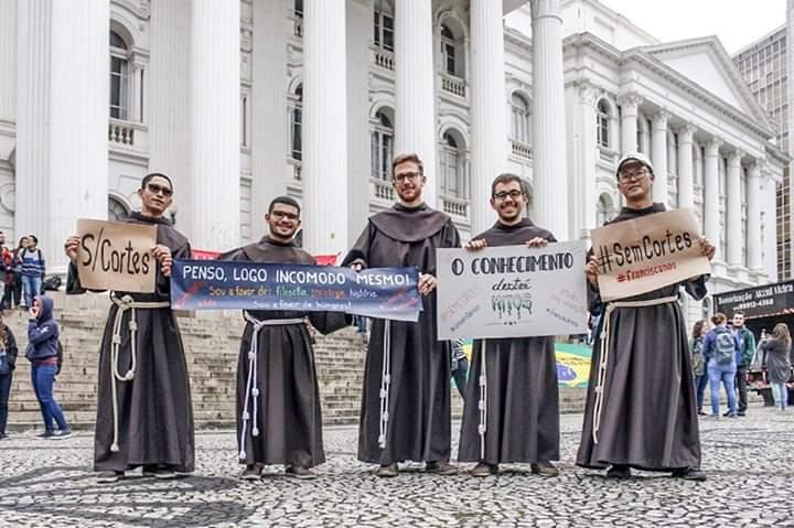 freis franciscanos