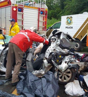 Cinco da mesma família morrem em acidente na BR-277 envolvendo veículo com placas de Foz do Iguaçu