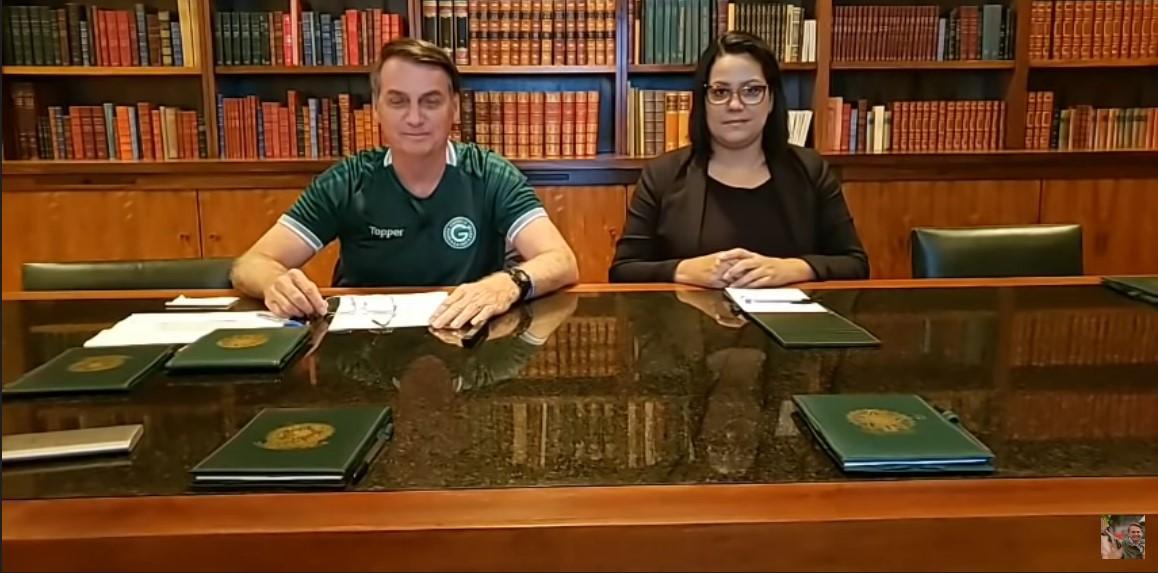 Presidente Jair Bolsonaro 'rejeita' o 13 do PT em live nas redes ...