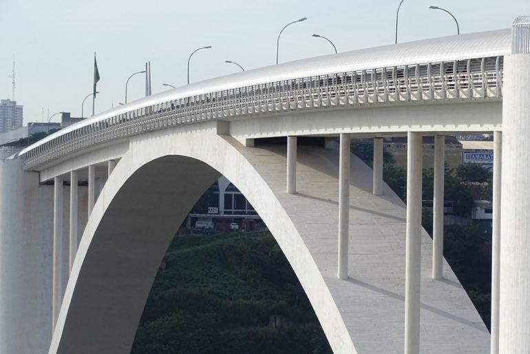 Ponte-da-Amizade-foi-fechada-há-cerca-de-dois-meses-como-medida-de-contenção-à-covid-19-–-Foto-acervo-DNIT