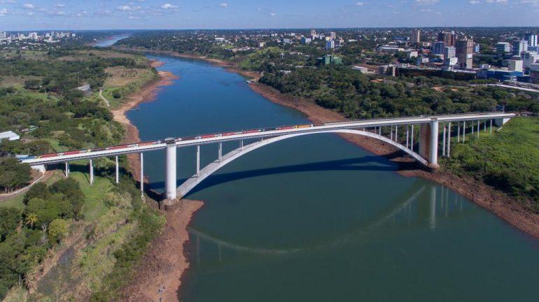 Ponte da Amizade (Foto Kiko Seirich)