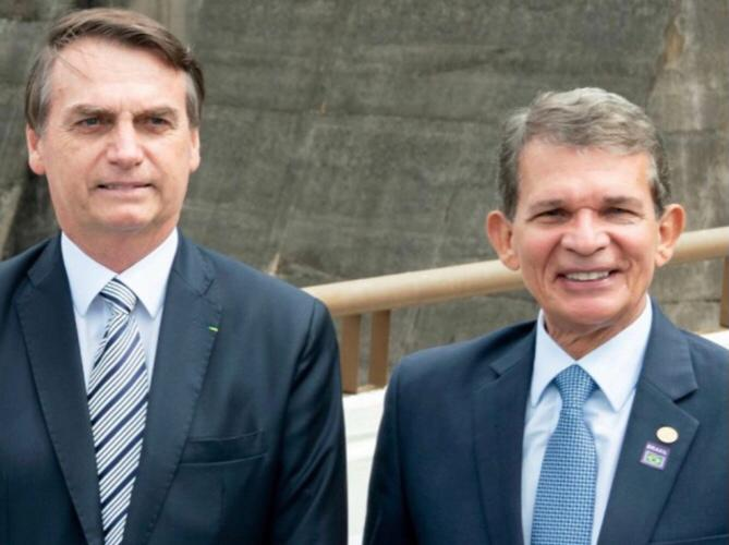 Bolsonaro e General Silva e Luna (Foto Rubens Fraulini Itaipu Binacional)