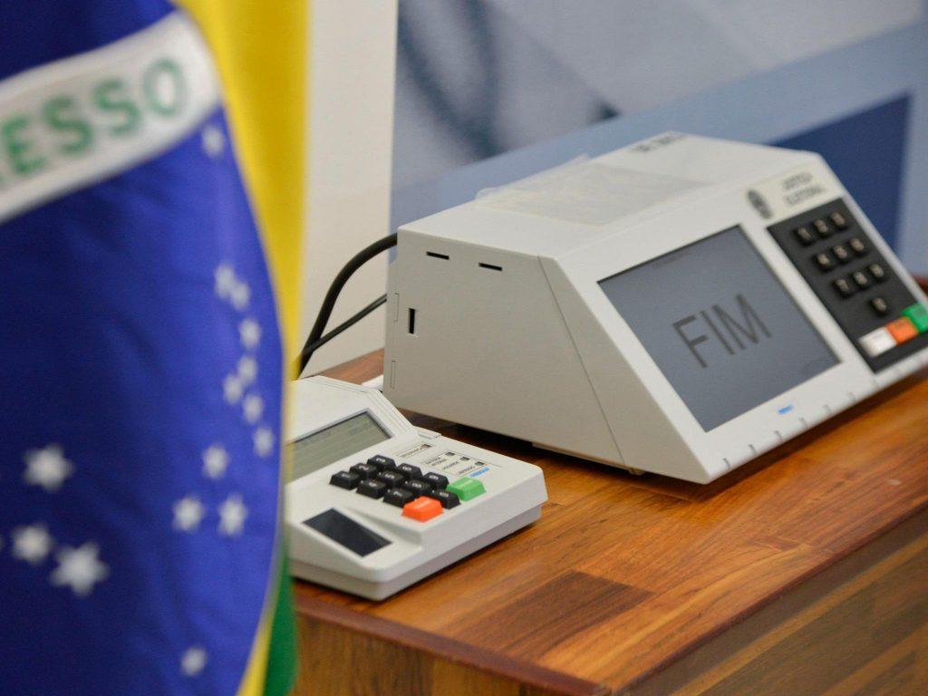 'Distritão Eleitoral' pode ser novidade das próximas eleições, diz advogado
