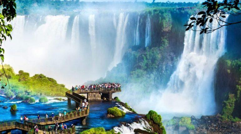 Cataratas-do-Iguaçu-1-800x445