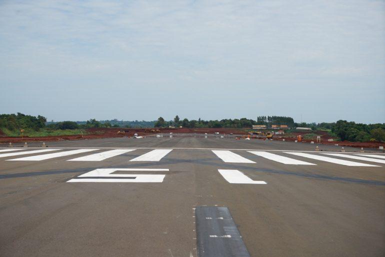 Obras no Aeroporto de Foz, nesta quarta-feira (13) (Foto Sara Cheida Itaipu Binacional)
