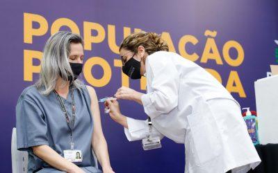 Vacina corona (FotoRODRIGO FELIX LEAL)