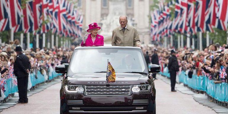 philip-participa-com-elizabeth-ii-das-celebracoes-do-90o-aniversario-da-monarca