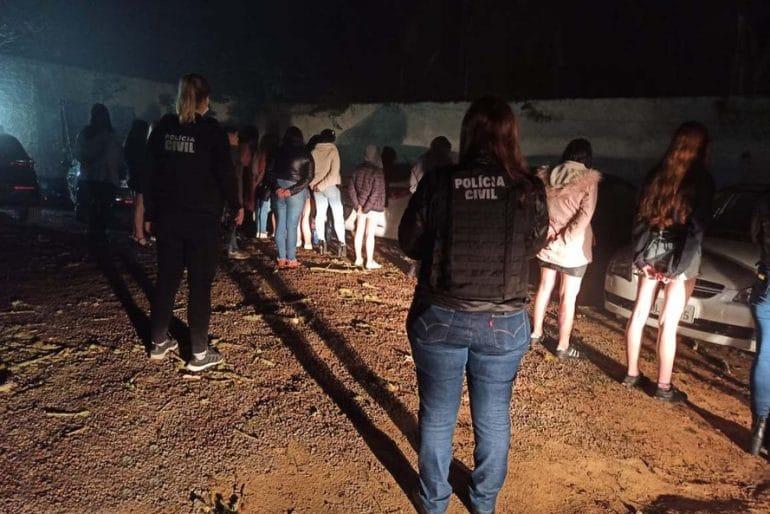 Festa clandestina (Foto Polícia Civil)