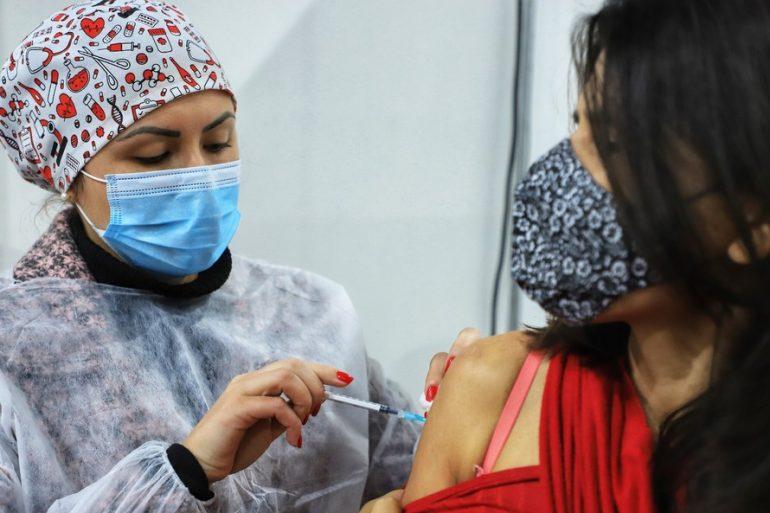 Vacina covid pr]
